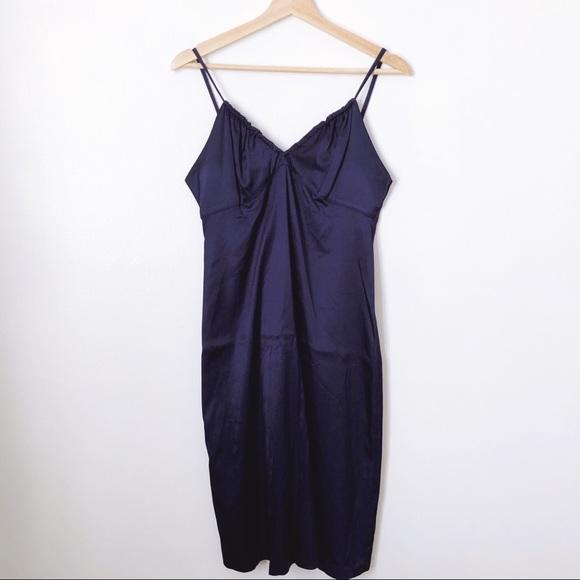 22ea538ca74c5 Navy Sisley Silk Slip Dress ASOS. M_5adab9e500450fa2f23ed60c